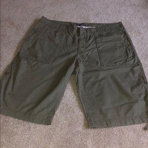 Polo Jean Company cargo shorts/capris